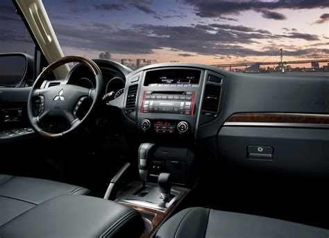 mitsubishi pajero interior 2014 mitsubishi pajero review prices specs