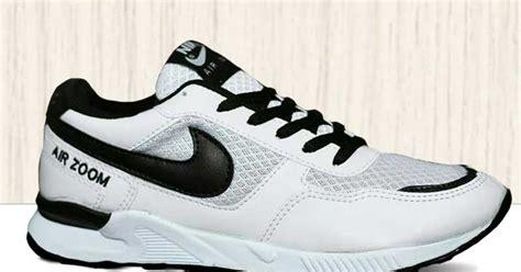 Sepatu Nike Wanita Hitam sepatu nike wanita nike air zoom putih hitam nwz 002 omsepatu