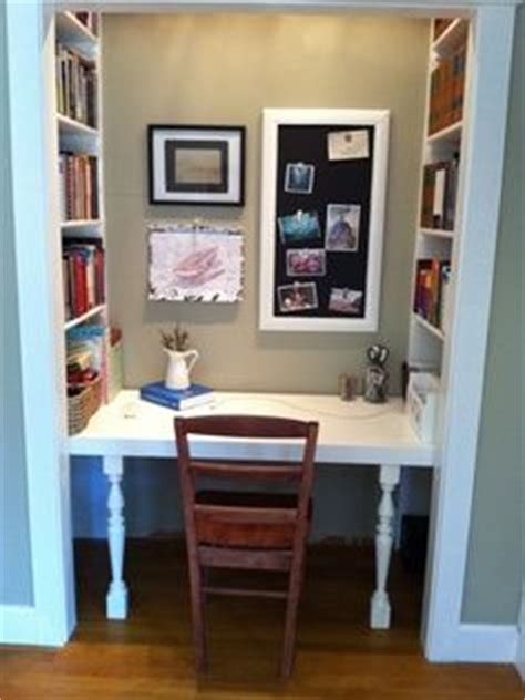 Turning A Closet Into A Bookshelf by 1000 Images About Closet Office On Closet