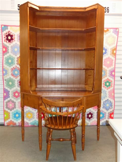 Ethan Allen Corner Desk Ethan Allen Corner Desk With Matching Bookshelf Hutch Top And Chair Projects To Try