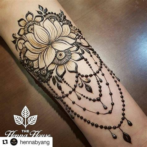 henna tattoo bracelet designs best 25 lotus henna ideas on henna flower