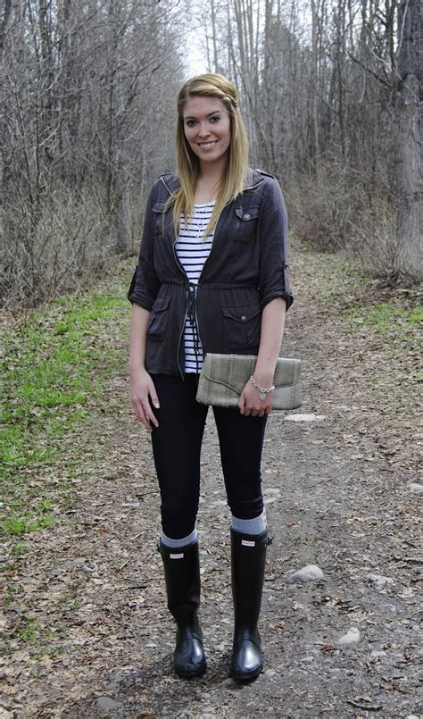 who is the tall girl wearing the pink skirt in liberty mutual commercial 17 best images about hunter boots on pinterest yellow