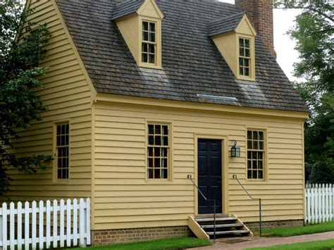 williamsburg exterior house paint colors farmhouse vintage early american farmhouse in historic