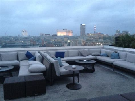 radio roof top bar radio rooftop bar me by melia london me by melia