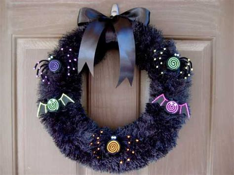 Handmade Door Wreaths - 22 handmade door wreaths recycling ideas for eco friendly