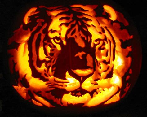 pumpkin carve 30 best cool creative scary pumpkin carving