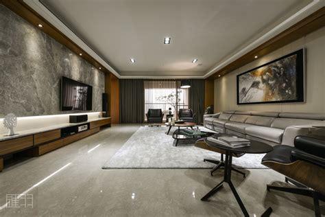 wood  earthy colour palette modern apartment  manson