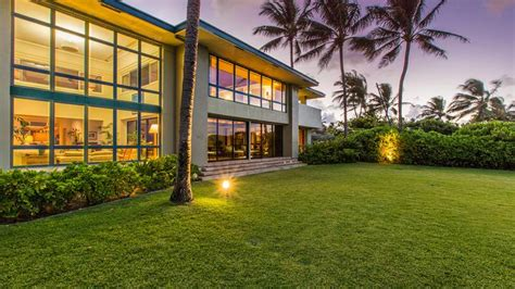 obama hawaii vacation house obama s one time hawaii vacation home sold to chinese