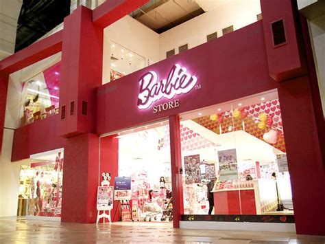 barbie store shopping  mid valley city kuala lumpur