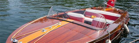 polyester boot schuren boot lakken stalen polyester en houten boot schilderen