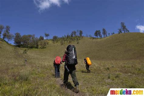 rekomendasi film pendaki gunung foto kisah para pendaki di gunung semeru merdeka com