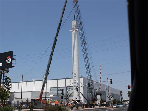 Spacex Office Building Spacex Displays Falcon 9 Rocket As Monument Outside Of Hq