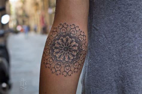 mandala tattoo girly mandala pinterest feminine mandalas and forearm tattoos