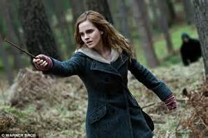 emma watson game of thrones emma watson to reunite with harry potter producer to star