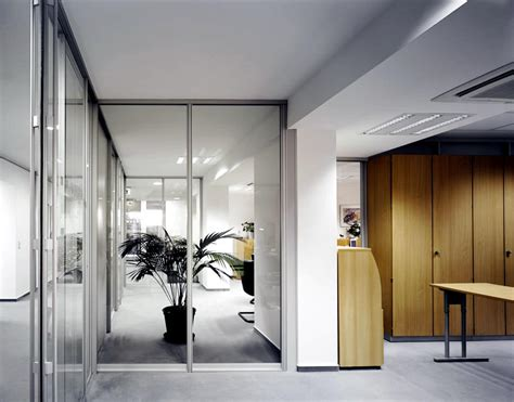 Glass Wall Room Divider Glass Wall As A Room Divider Interior Design Ideas Ofdesign