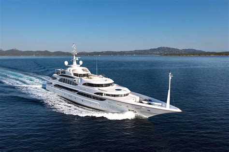 yacht game the best yachts at 2017 yachts miami beach photos