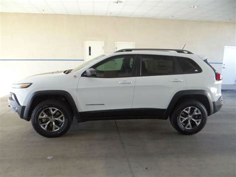 jeep cherokee trailhawk white 25 best ideas about jeep cherokee trailhawk on pinterest
