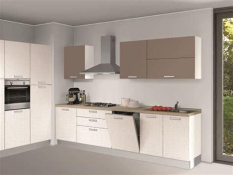 cucina alma cucina creo kitchens lube alma ad angolo 300x180