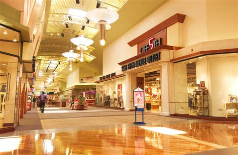 all the stores in arundel mills mall