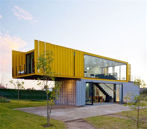 4 shipping containers prefab plus 1 for guests modern