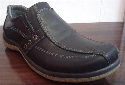 Sepatu Santai Rajut iklan penyanyi dangdut