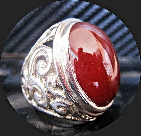 Yaman Akik Merah Menyala keyjashop cincin batu permata yaman wulung
