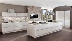 Top Kitchen Cabinet Brands by Dunstabzugshauben Von Inselesse Bis Deckenl 252 Fter