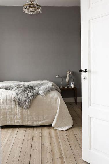 peinture dans chambre peinture gris souris dans chambre adulte ambiance
