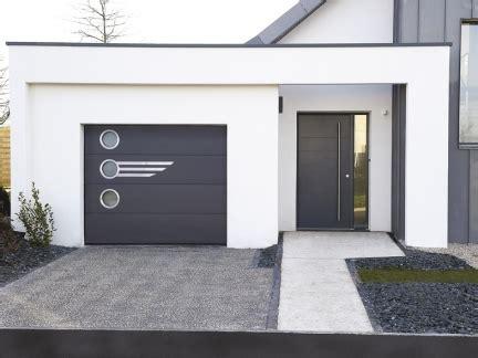 porte de garage sectionnelle la toulousaine choisissez votre porte de garage r 233 sidentielle avec la