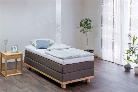 boxspringbett ohne kopfteil boxspringbett tina i 90x200 cm inkl matratze topper ohne