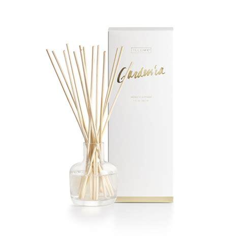 Gardenia Diffuser Gardenia Essential Reed Diffuser By Illume Candle