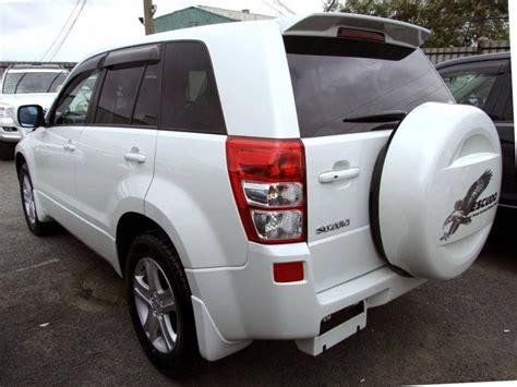 Suzuki Escudo 2008 Review 2008 Suzuki Escudo Pictures