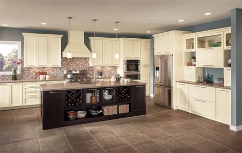 homestyle kitchen island 1000 images about kitchen islands on cherries