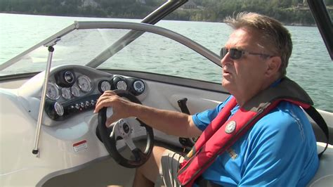 tahoe boat reviews tahoe boats 2014 q7i extreme power boat television review