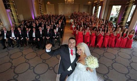 World Record For Most Marriages Leeds Smash World Record With Mega Wedding Uk News Express Co Uk