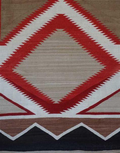 ganado navajo rug with doubles and half diamonds in a