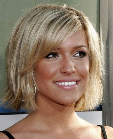 chin length thin 60 yr hairstyle chin length bob hairstyles 2015 2106 bobs style and