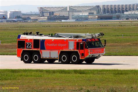 öffnungszeiten Wir Kaufen Dein Auto Frankfurt by Frankfurt Airport Foto Bild Autos Zweir 228 Der