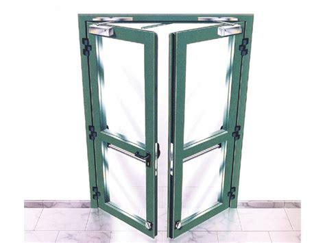 porte tagliafuoco in legno porta tagliafuoco impiallacciata in legno con telaio in