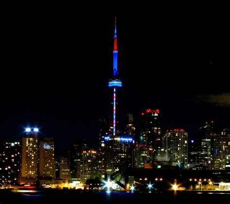 incredible night view pictures  cn tower  canada