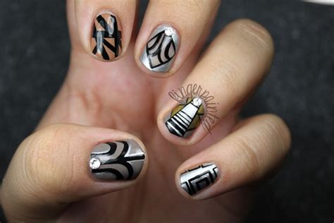 Nails Deco by 30 Stunning Metallic Nail Designs