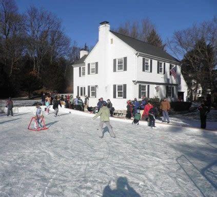 backyard ice rink tarp best 25 backyard ice rink ideas on pinterest