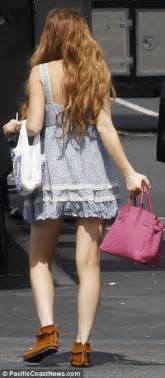 Lindsay Lohan Working On The Set Of I Kno by Lindsay Lohan Indulges In Taco Bell Treat After Working Up