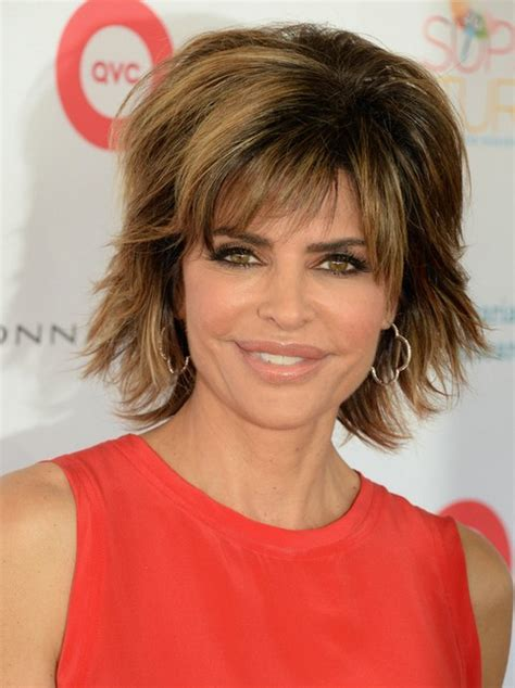 who does lisa rinna hair 2014 lisa rinna s hairstyles voluminous short hair