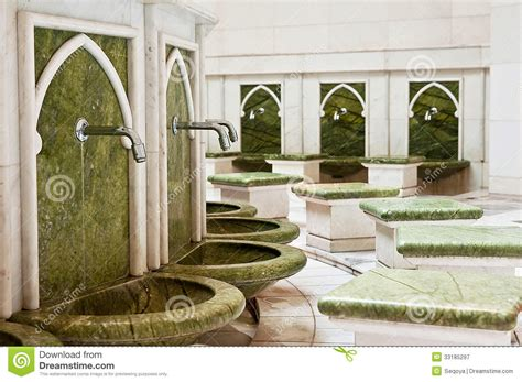 design toilet masjid a place for washing the feet in sheikh zayed mosque