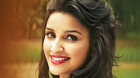 parineeti chopra  bollywood wallpapers hd wallpapers