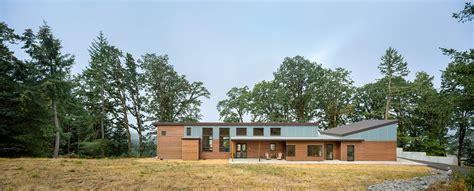 modern rancher 11 modern ranch style homes dwell