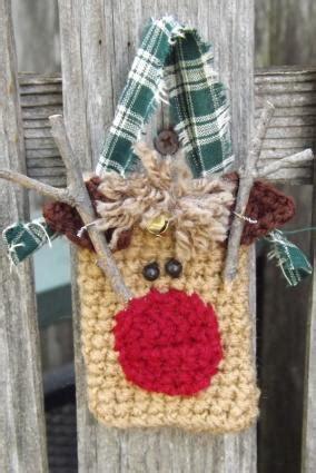 Crochet Christmas Gift Card Holder - crochet pattern for gift card holders