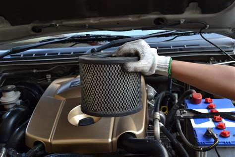 Auto Luftfilter by How Does An Air Filter Last Yourmechanic Advice
