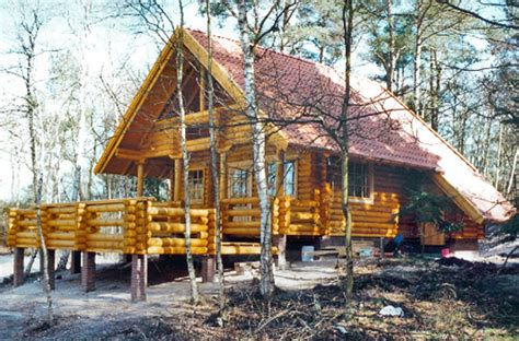 das traditionelle blockhaus